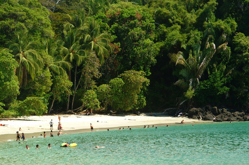 manuel-antonio-national-park-costa-rica-tour-learn-spanish-4