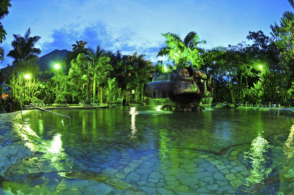 arenal-volcano-tour-learning-spanish-in-costa-rica-2