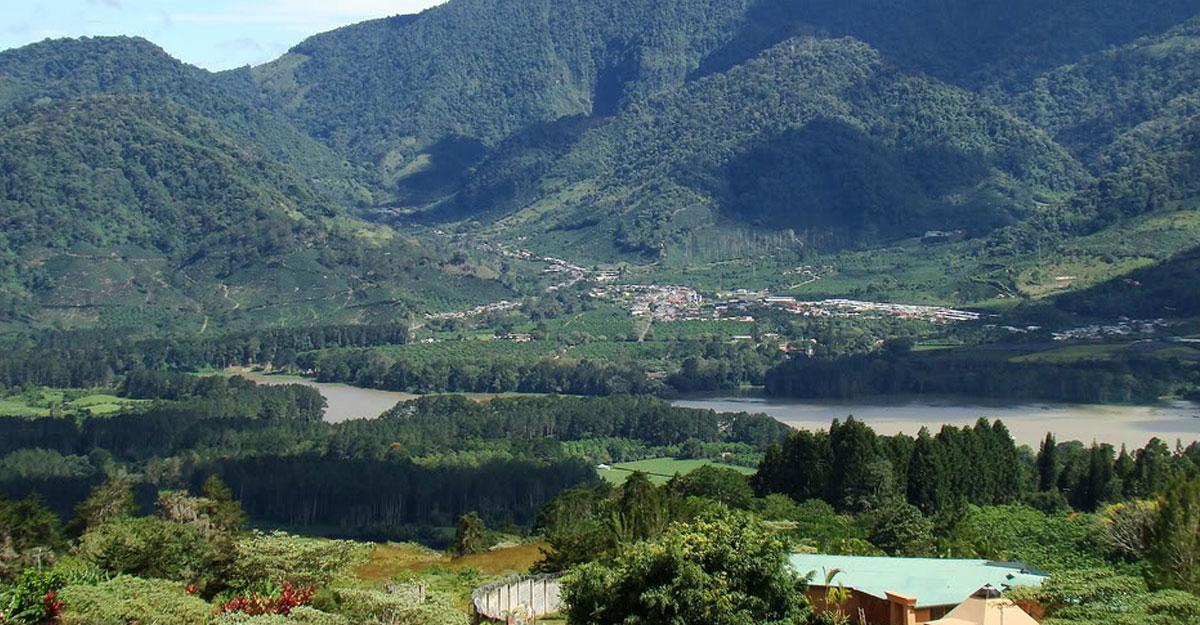 irazu-volcano-orosi-valley-cartago-costa-rica-spanish-learning-vacations-2