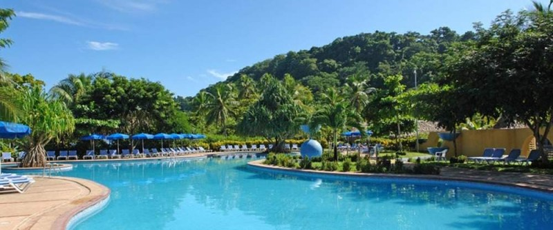 punta-leona-beach-club-playa-blanca-learning-spanish-in-costa-rica-4